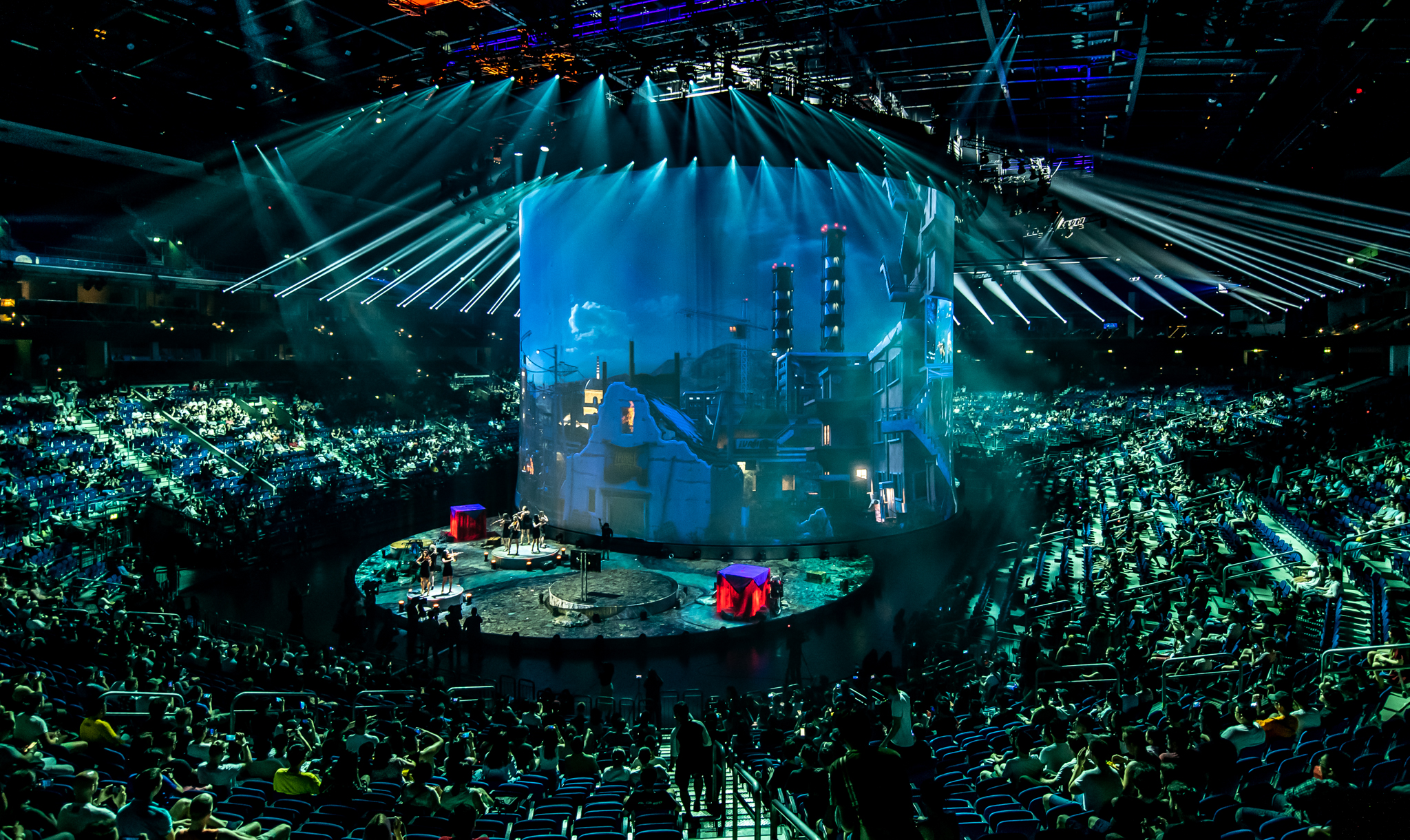 Turning Esports into Live Experiences