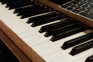 Piano Live Legends Music